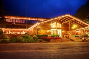 Lakewoods Lodge